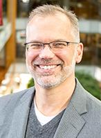 Headshot of Erik Iverson